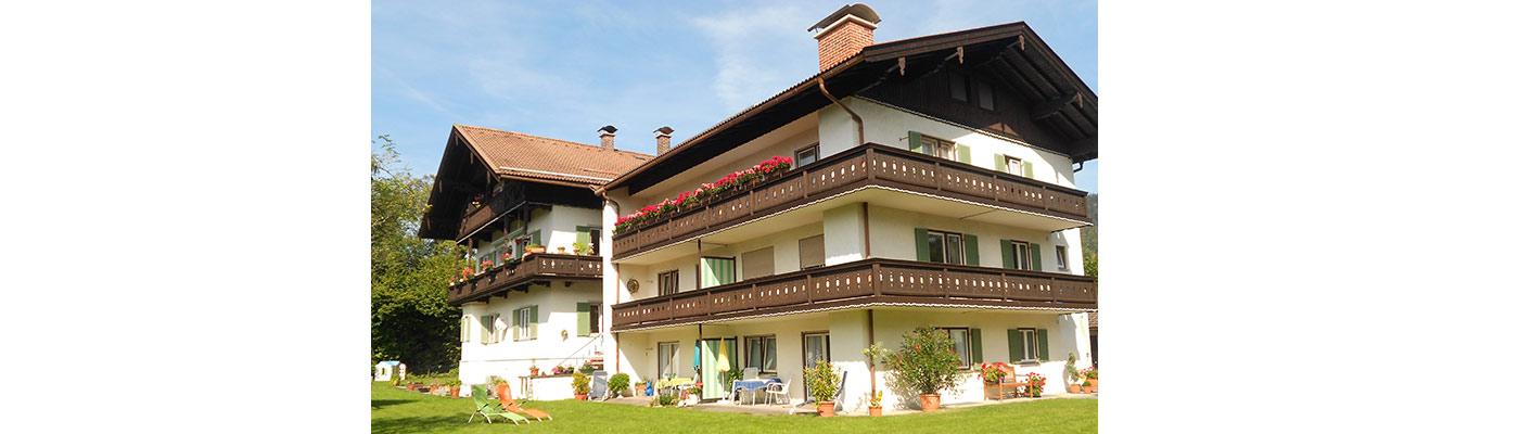 Ferienwohnungen Rottach-Egern, Ansicht Sommer