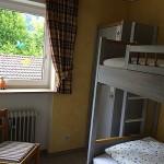 Ferienwohnungen Maria, 83700 Rottach-Egern - Schlafbereich Kinder FeWo Wallberg