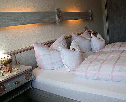Ferienwohnungen Maria, 83700 Rottach-Egern, Schlafen in der FeWo Leonhardstein