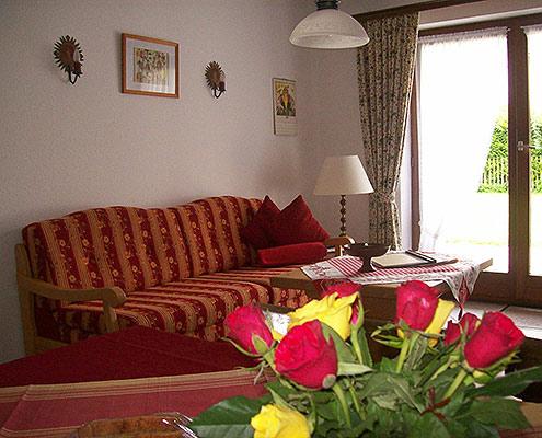 Ferienwohnungen Maria, 83700 Rottach-Egern, Wohnen in der FeWo Leonhardstein