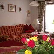Ferienwohnungen Maria, 83700 Rottach-Egern, Wohnbereich FeWo Leonhardstein