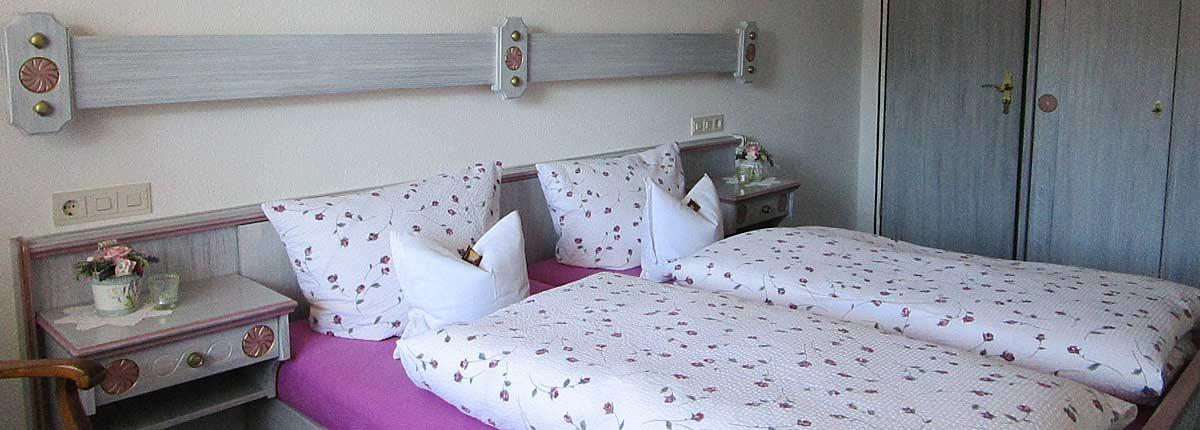 Ferienwohnungen Maria, 83700 Rottach-Egern, FeWo Riederstein Schlafen