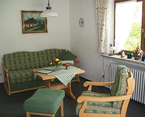 Ferienwohnungen Maria, 83700 Rottach-Egern, Wohnen in der FeWo Setzberg