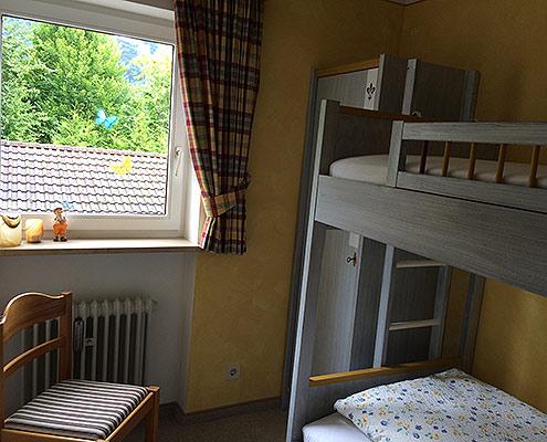 Ferienwohnungen Maria, 83700 Rottach-Egern, Zusätzliches Schlafzimmer FeWo Wallberg