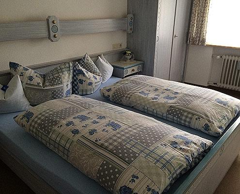 Ferienwohnungen Maria, 83700 Rottach-Egern, Schlafen in der FeWo Wallberg